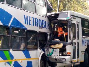 Horrific scene of Metro bus collission. Pic: rosebankkillarneygazette.co.za