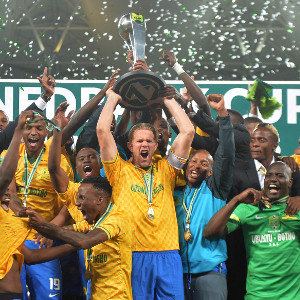 Mamelodi Sundowns lift the Nedbank Cup after beating Ajax 4-3 on penalties.                        Picture Credit : Supersport