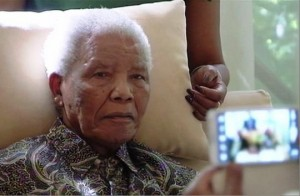 This is one of the images that saddened the Mandela family in April when ANC leaders came to visit former President Nelson Mandela with cameras in tow. – image - topnews.ae