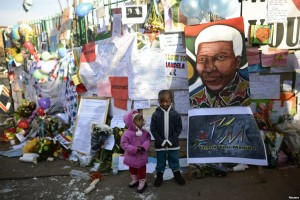 Messages of love and support along the wall outside the Pretoria Medi-Clinic Heart Hospital where Nelson Mandela was admitted twenty days ago. – image - www.voanews.com