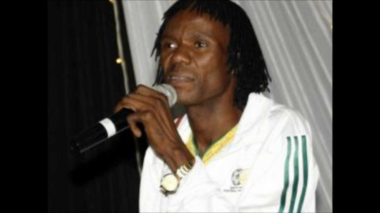 Award-winning maskandi singer Mtshengiseni Gcwensa has died. Image: YouTube.
