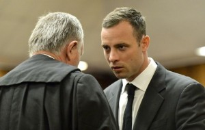 Oscar consulting with his Lawyer, Roux.  (Photo: Times Live)
